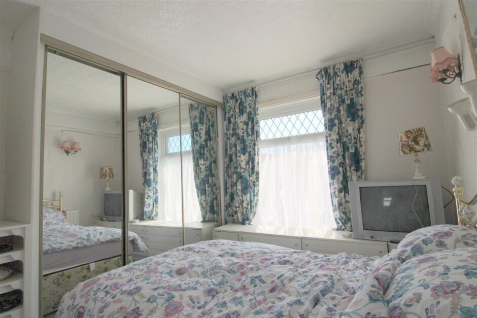 Another view of bedroom 1