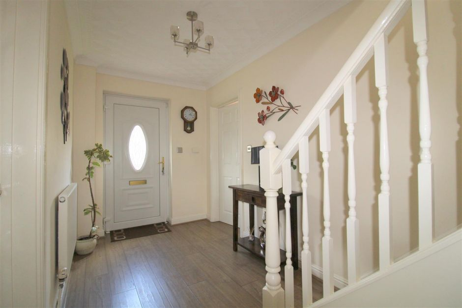 Another angle of entrance hallway
