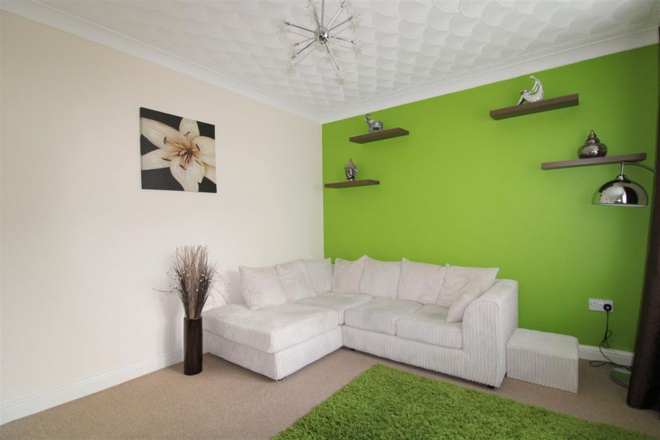 Another aspect of sitting room